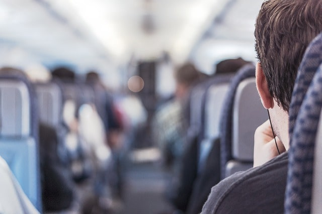 wat te doen in het vliegtuig